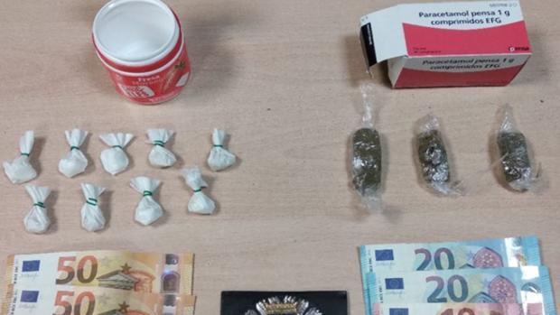 Las sustancias incautadas por la Policía Municipal al detenido